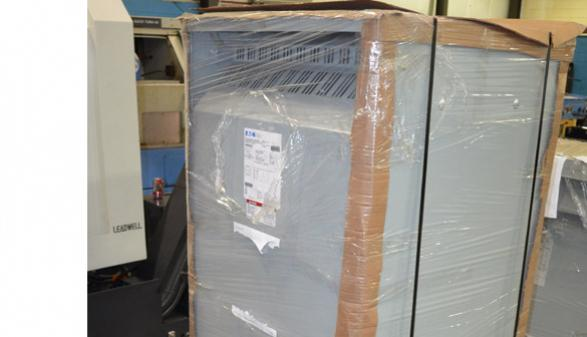 Eaton V48M48T22EE 432-504 Voltage Transformer
