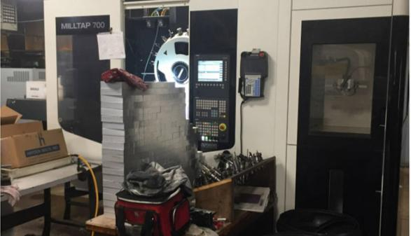 DMG Mori Mill Tap 700 with WH3 Robot - 2016