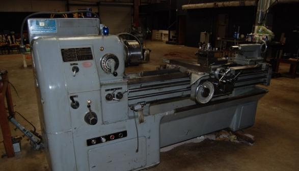 Okuma 17x60 Manual Lathe