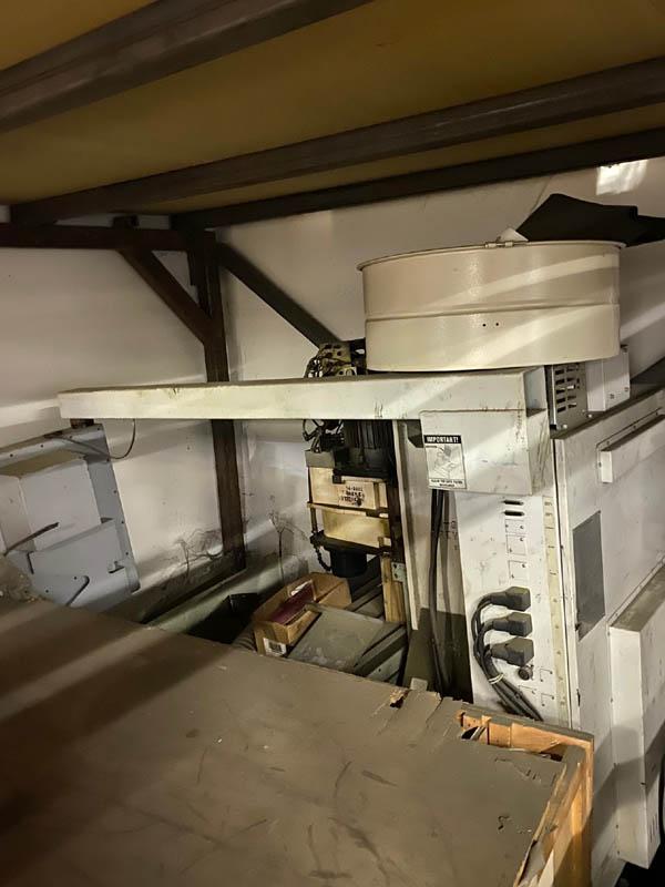 Haas Mini Mill (2000) 1