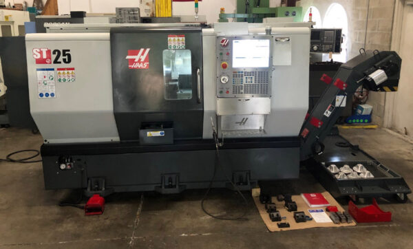 Haas ST-25 (2016) 1