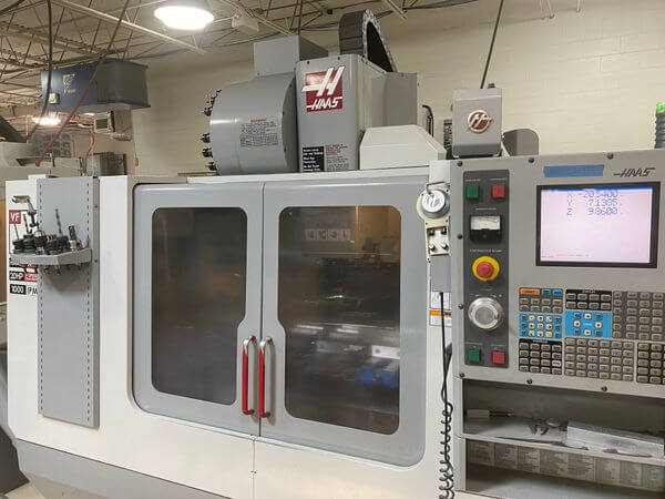 Haas VF-4 with Rotary Table - 2004 1