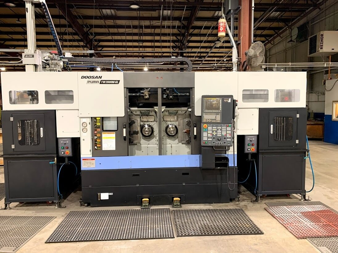 Doosan PUma TW2600M with Gantry Used CNC Lathe